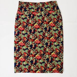 Pencil patterned skirt